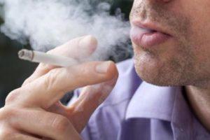 fumador con hernia schmorl